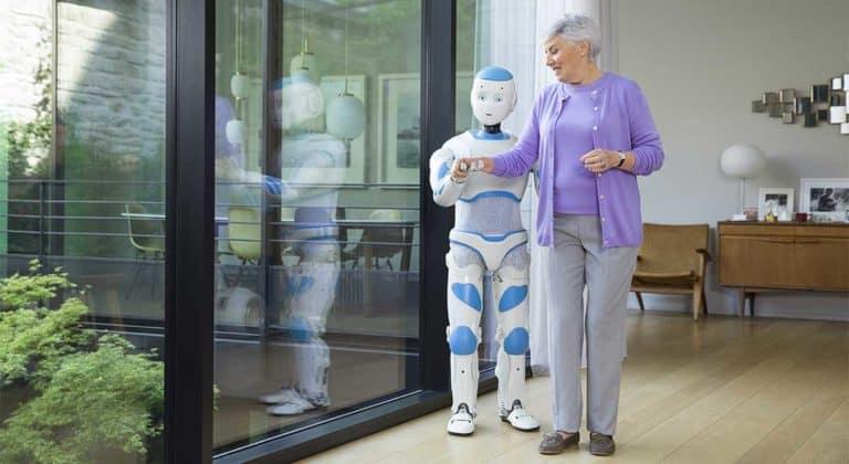 Review 8 Robots หุ่นยนต์ที่น่าสนใจ